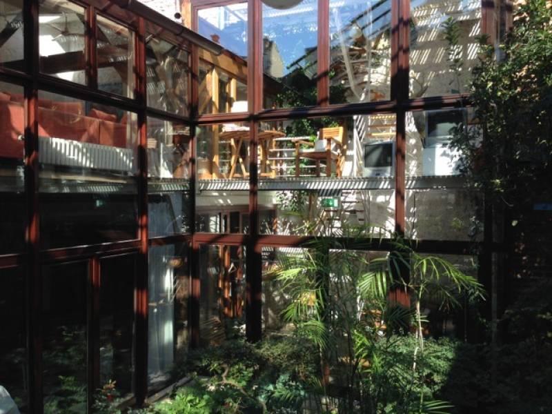 Ideal Artist House